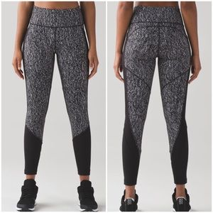 ♎️$58 IF BUNDLE. Lululemon fit physique tight